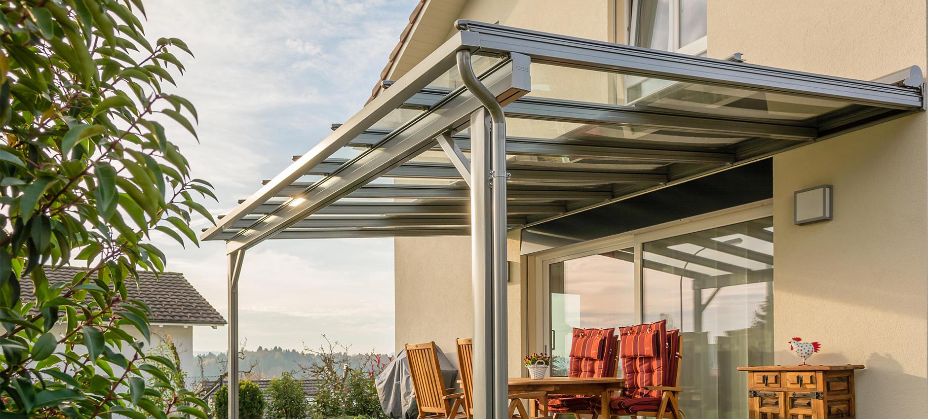 TERRADO GP5200 / GP5210 Glasdachsystem als Überdachung mit integrierter Markise für optmialen Sonnenschutz