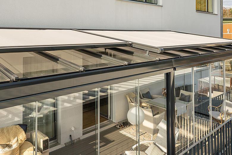 Airomatic PS4100 / PS4500 moderne Beschattungssysteme für Wintergärten, Glasbedachungen und Dachfenster