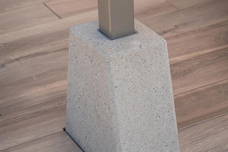BOXMOBIL OS7000 freistehende Markise mit absenkbarem Volant für über 45m² Beschattungsfläche