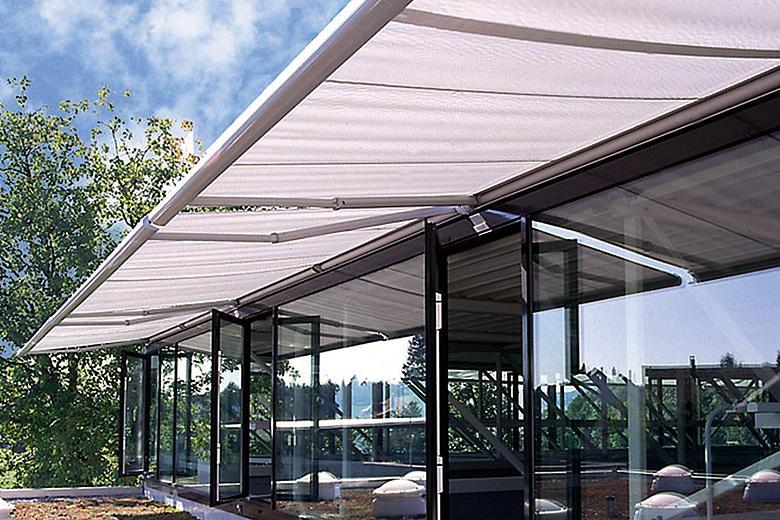 Tendabox BX3000 attraktive Kassettenmarkise für mittelgroße bis große Terrassen