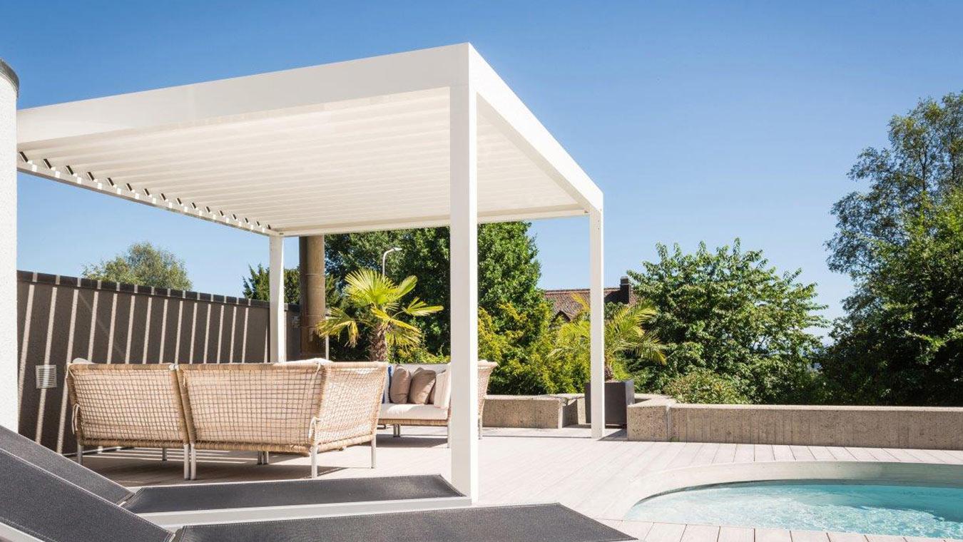 pavillon mit lamellendach haus bilder idee. Black Bedroom Furniture Sets. Home Design Ideas